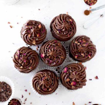 double-chocolate-vegan-cupcake (2 of 4)