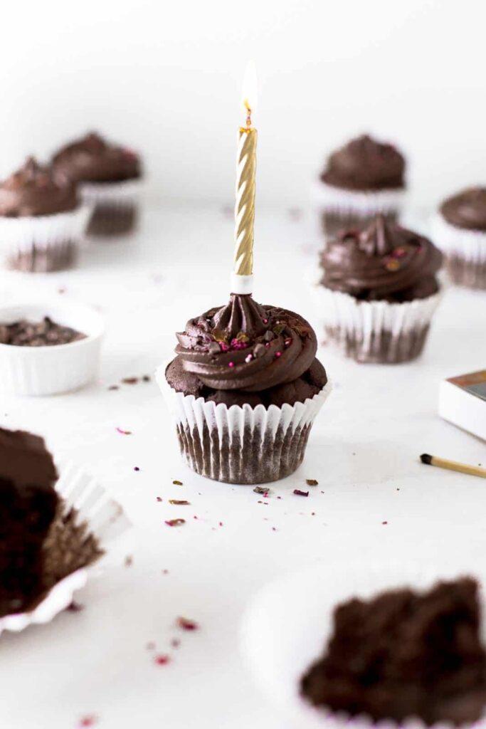 double-chocolate-vegan-cupcake