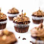peanut-butter-chocolate-cupcakea