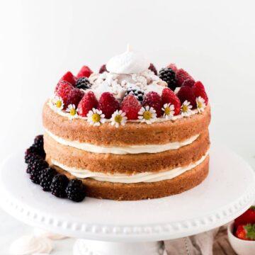 vegan-eton-mess-cake
